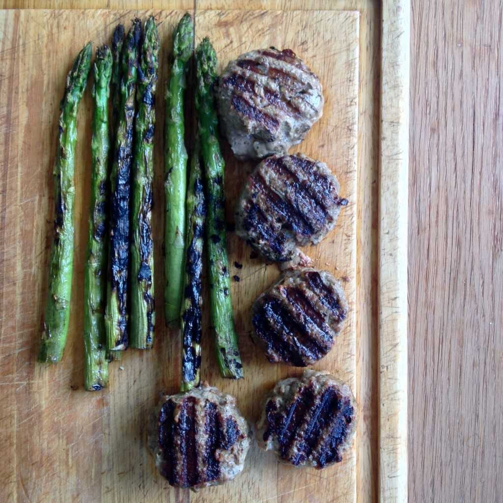 The Meat Project: BBQ Beef and Pork Patties. Gegrillte FLeischlaberl. Fleischlaibchen.