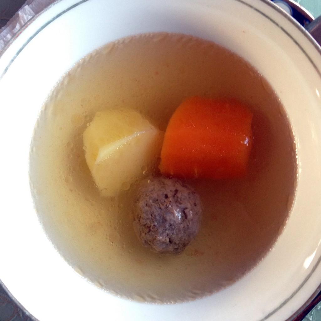 Uzbek Soup. Usbekische Suppe.
