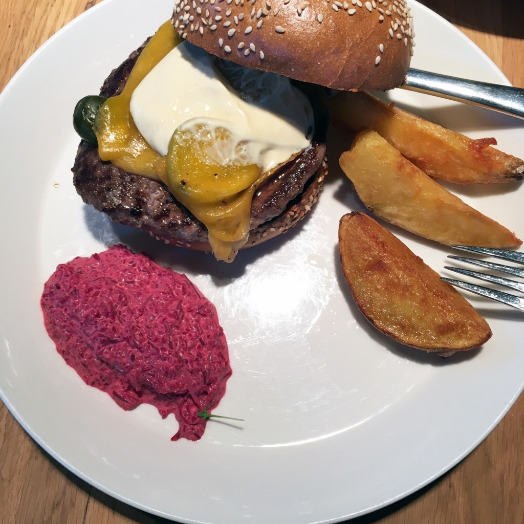 The Meat Project - Burger - beef - Rind - Heuer Karlsplatz Vienna Wien.